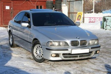 современный BMW 528