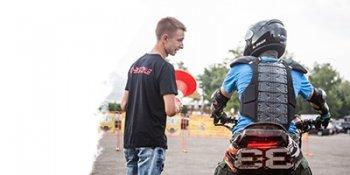 Pro-Biker - киевская автошкола профессионального обучения езды на мотоцикле